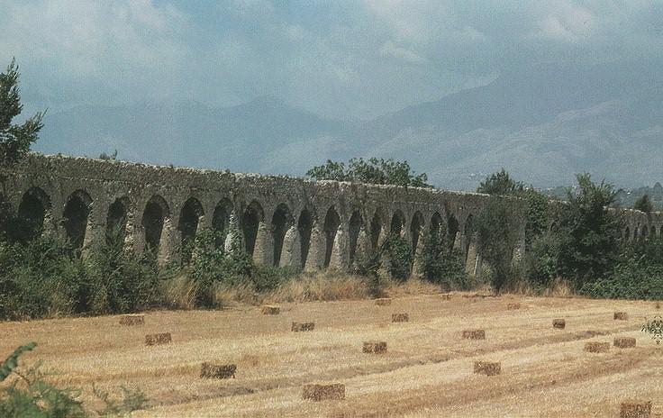 Het aquaduct van minturnae - Het upgraden van m ...