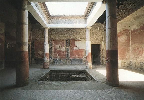 Atrium van de grote villa - Het huis van de cabriolet ...