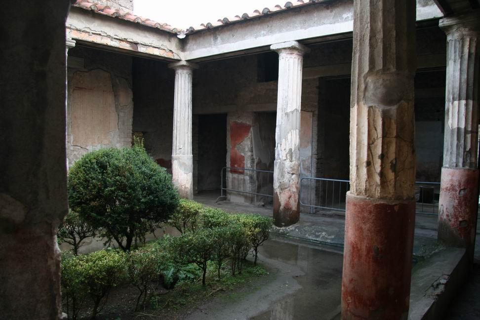 Het huis van de tragische dichter - Huis van de cabriolet ...